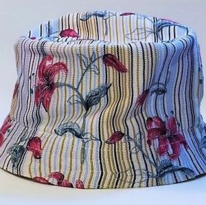 NWOT Kangol Tropic Bin w Lilly Embroidery Stripes